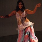 Belly dancing/ Danza de vientre
