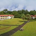 Aerial view of student housing/Vista áerea de hospedaje