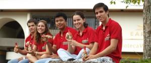 Eddie Ochoa, Tatiana Salas, Miguel Ruiz, Juan Luis Yaque y Ligia Araya, proyecto Gecos.