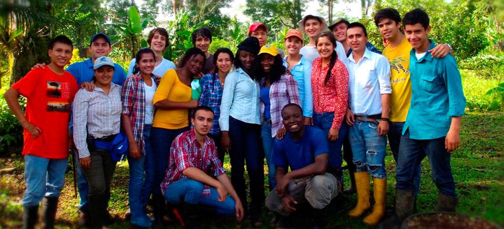 Students from the Class of 2017//Estudiantes de la promoción 2017