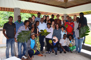 EARTH students pose for a photo with Dr. Garvey after an open discussion focusing on sustainable development, food security and the importance of agriculture for community building.