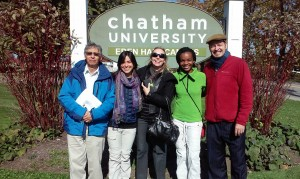 From left to right: Edgar Alvarado (EARTH University Dean), Issa Secaira, profesor Julieta Mazzola, Gina Beauzil and professor Kent McLeod.