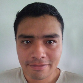 Daniel Garza Vásquez ('07, El Salvador), General Manager and Co-Owner, Entre Nubes