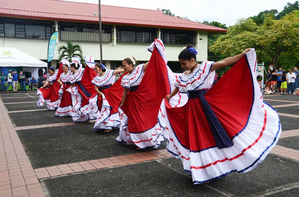 Costa Rican EARTH students entertained guests with traditional folk dances
