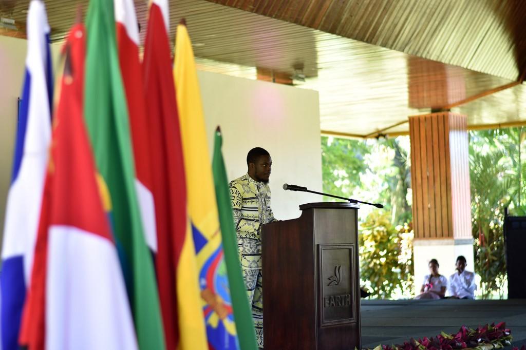 Bleck Tita (Promoción 2020) es el primer estudiante camerunés en estudiar en EARTH