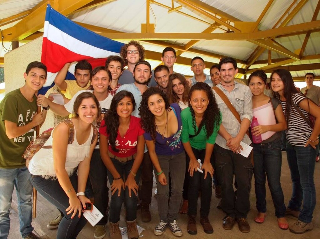 A portion of the Class of 2014-2017 on their first day of classes at EARTH. The mustached student to the right with his arms crossed is José Carlos.
