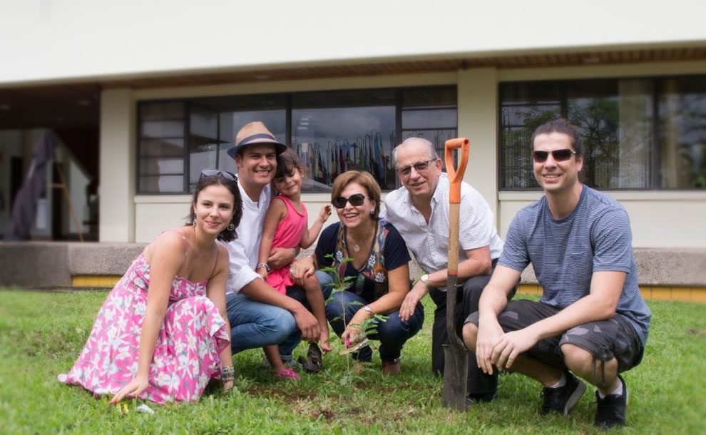 EARTH's community was also able to say goodbye to José and his family during a heartfelt ceremony that dedicated the Rectory, the University's chief administrative building, in his honor. He was joined by Rosario, his children and grandchildren, planting a mimosa tree in front of the building that now bears his name.