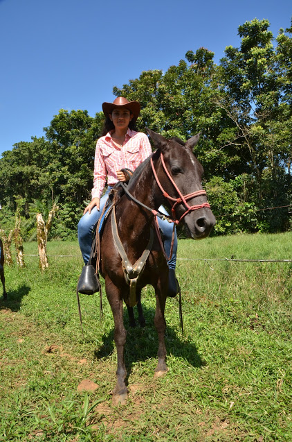 Suyitza is passionate about horses. In fact, growing up on a farm surrounded by animals is what motivated her to become an agronomist.