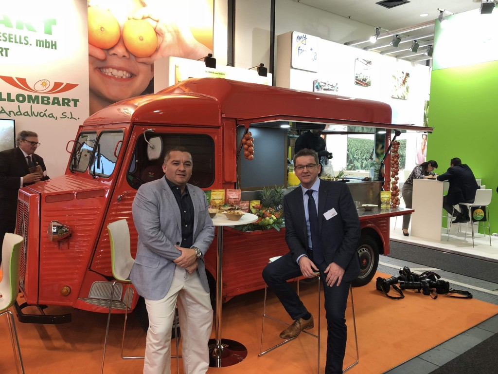 Erick Aguilar and Jörg Wilhelm of Llombart at the FRUIT LOGISTICA expo.