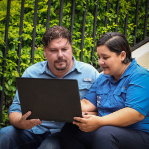 Rodrigo and Rossibeth met in 1999, wed in 2007 and have been leading a successful business since 2012.
