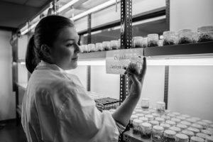 Portrait of Fabiana at the Lab.